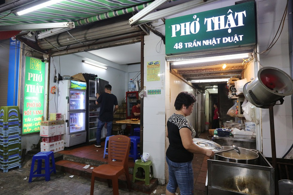 Những quán phở bò có tên lạ tại Hà Nội ai nghe qua cũng đều tò mò - ảnh 7