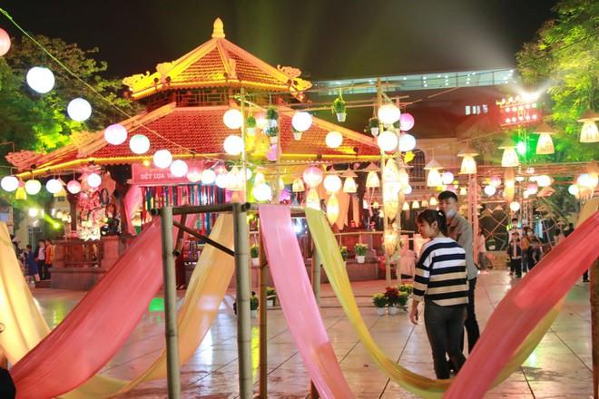 Khai mạc Lễ hội văn hóa dân gian tại phố đi bộ Hồ Gươm ảnh 3