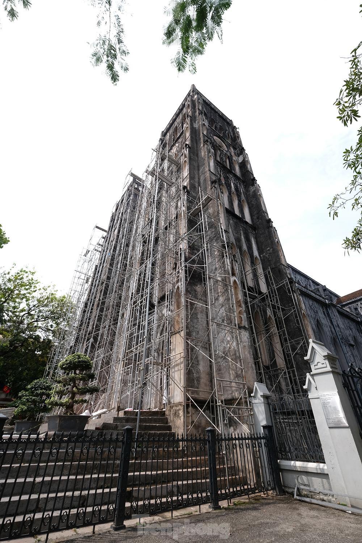 Nhà thờ Lớn Hà Nội trước ngày 'khoác áo mới' ảnh 4