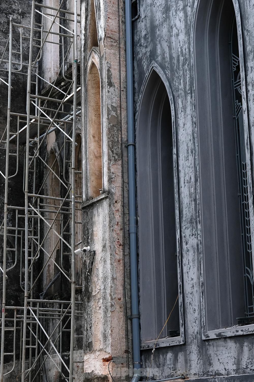 Nhà thờ Lớn Hà Nội trước ngày 'khoác áo mới' ảnh 5