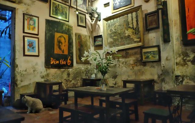 Tìm về Hà Nội xưa cũ bên những quán cà phê cổ - 5