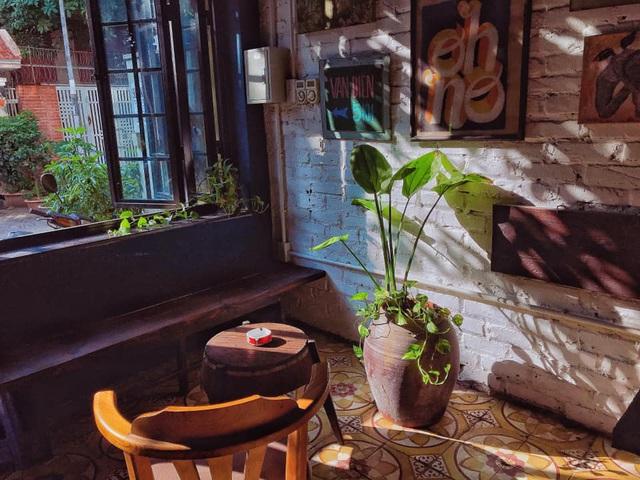 Tìm về Hà Nội xưa cũ bên những quán cà phê cổ - 7